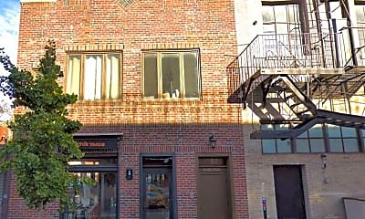 Building, 167 W 10th St, 0