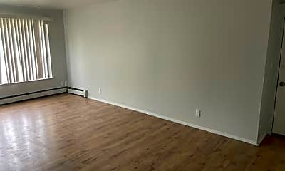 Bedroom, 1315 W Locust St, 1