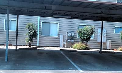 HeatherWoods Apartments, 2