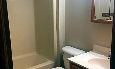 Bathroom, 1132 Clyde Ave, 2