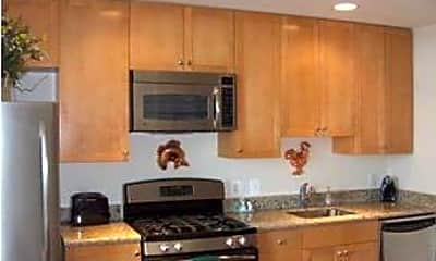 Kitchen, 3600 S Glebe Rd 402W, 1
