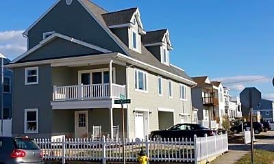 Building, 1200 E Beach Ave, 1
