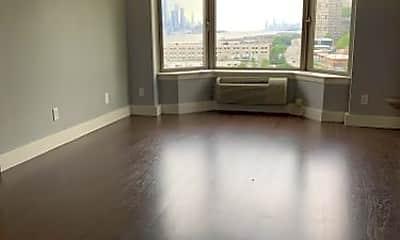 Living Room, 7916 River Rd, 2