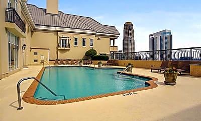 Pool, 3334 Peachtree Rd NE 109, 2