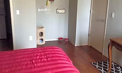 Bedroom, 1209 W Hefner Rd, 2