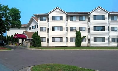 Majestic Pines Apartment Community, 0