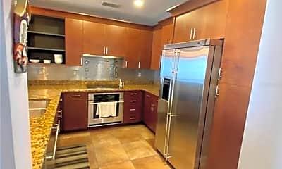 Kitchen, 628 Cleveland St 1502, 1