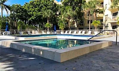 Pool, 8363 Lake Dr, 2