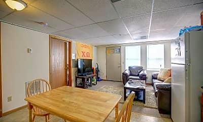 Living Room, 1007 S Locust St, 1