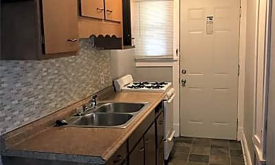 Kitchen, 2825 Center St, 1