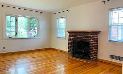 Living Room, 40-33 Utopia Pkwy, 1