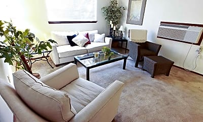 Living Room, Avendale Pointe Apartments, 1