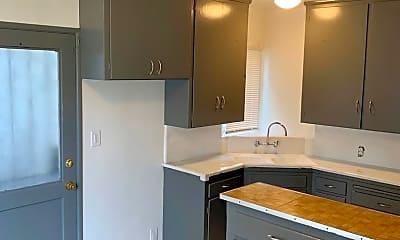 Kitchen, 4033 Palmwood Dr, 0