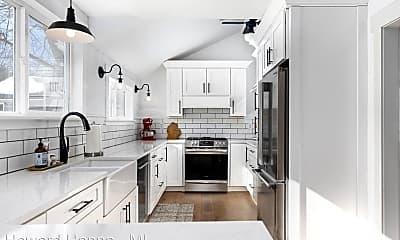 Kitchen, 3558 Dover St, 2