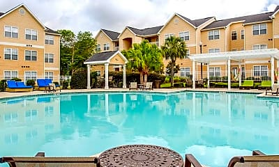 Pool, Axis Lafayette-Per Bed Lease, 0