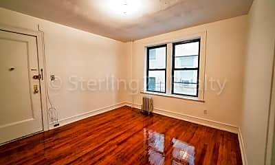 Bedroom, 21-31 27th St, 1
