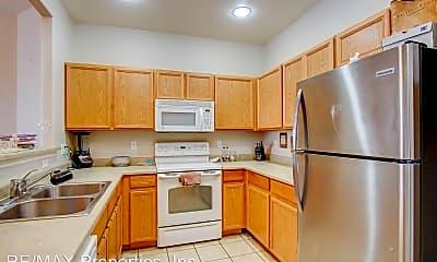 Kitchen, 7489 Sandy Springs Point, 1