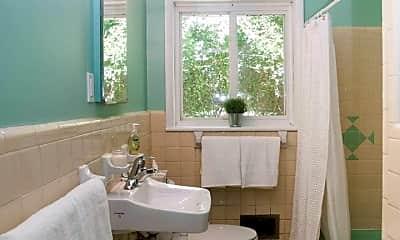 Bathroom, 119 Driftwood Pl A, 2