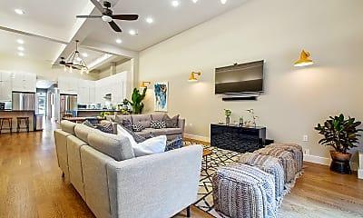 Living Room, 2072 Mission St, 1
