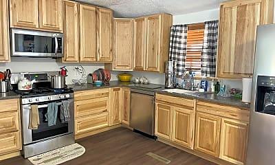 Kitchen, 2640 E 24th St, 0