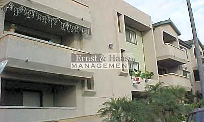 Building, 6635 Orizaba Ave, 1