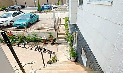 Patio / Deck, 115 N 35th St, 2