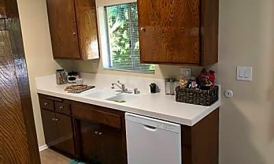 Kitchen, 808 Santa Barbara St, 1