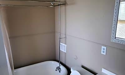 Bathroom, 19600 Arrowhead Ave, 2
