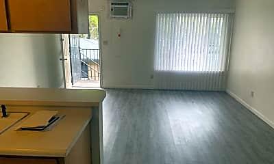 Bedroom, 611 N Edison St, 2