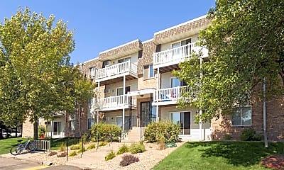 Building, River Garden Apartments, 0