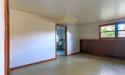 Living Room, 3114 Churchill Dr, 2