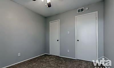 Bedroom, 3517 North Hills Dr, 1