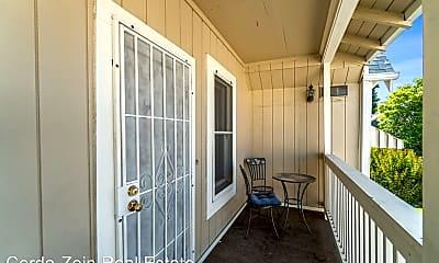 Patio / Deck, 2811 Encinal Ave, 1