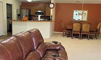 Living Room, 2203 Saratoga Blvd, 0