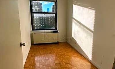 Living Room, 141 Fulton St, 2