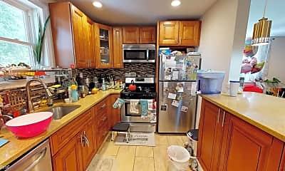Kitchen, 535 Palmer Rd, 1