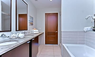 Bathroom, The Place At Channelside, 2