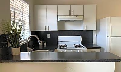 Kitchen, 905-915 W 29th St, 0
