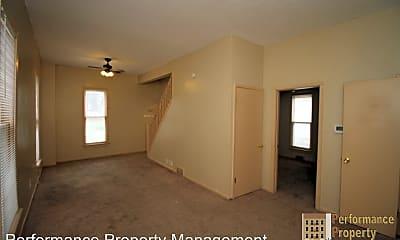 Building, 3209 S St, 1