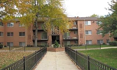 Building, Glen Willow Apartments, 0