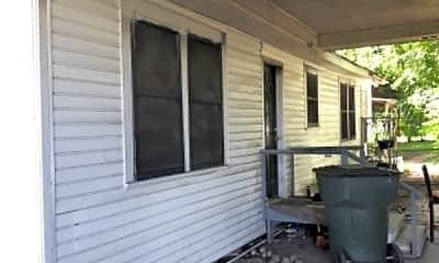 Patio / Deck, 509 Penn St, 1