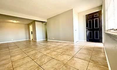 Living Room, 3919 Englewood Cir, 0