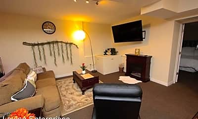 Living Room, 529 E Town St, 2