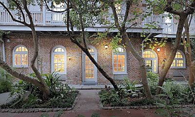 Building, 921 Chartres St, 0
