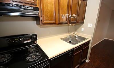 Kitchen, 3200 Thousand Oaks, 1