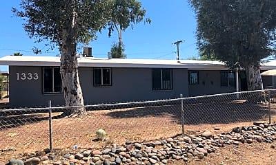 1333 W Navajo St, 2