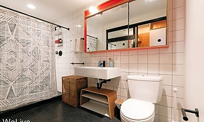 Bathroom, 2221 S Clark St, 2