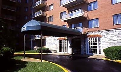 Kensington House Apartments, 1