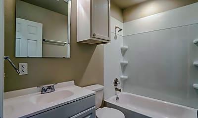 Bathroom, Penn Oaks Quadplexes, 2