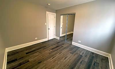 Living Room, 7600 S Stewart Ave, 2